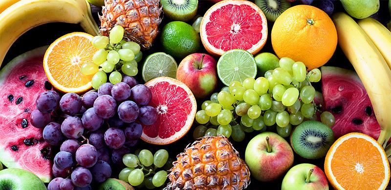Nahaufnamen von verschiedenen gemischten Obstsorten